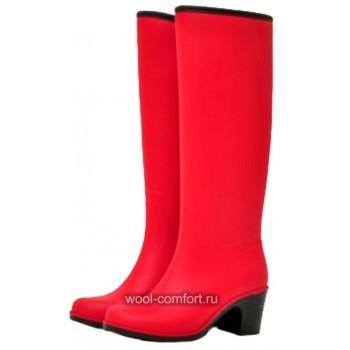 Резиновые сапоги красные на каблуке